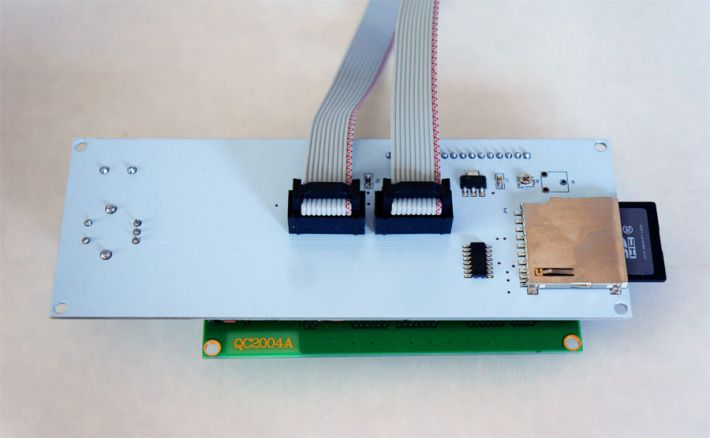 LCDコントローラーの裏側の画像