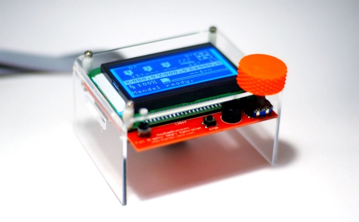 acryl-stand-lcd-case-00